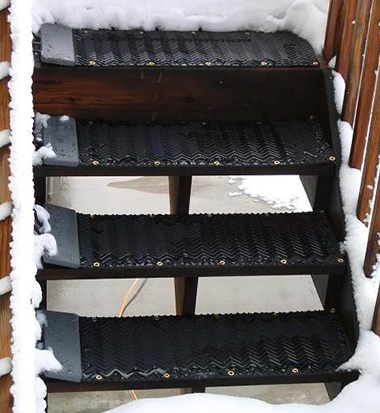 Portable heated stair treads